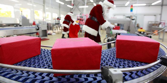 Extra Man for the Christmas Rush